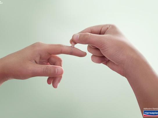 Hansaplast Print Ad -  Finger