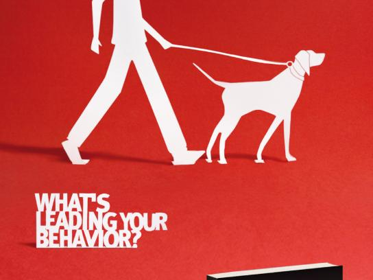 Feltrinelli Print Ad -  Leash