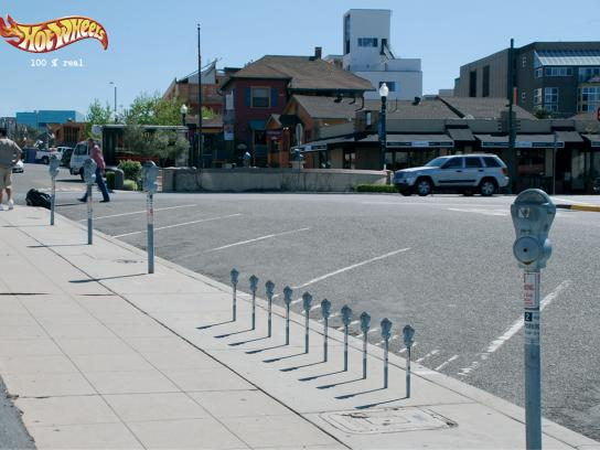 Hot Wheels Outdoor Ad -  Parking