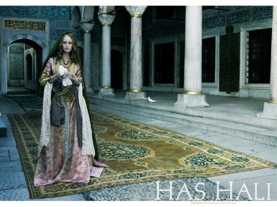 Has hali Print Ad -  In the harem