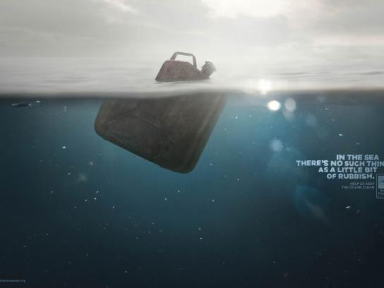 Surfrider Foundation Print Ad -  Jerrycan