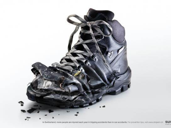 Suva Print Ad -  Black shoe