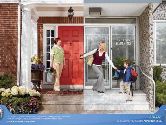 Schlage Print Ad -  Mom