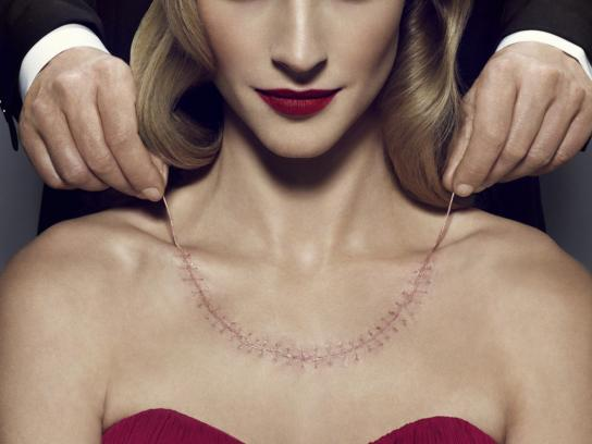 Editions Harlequin Print Ad -  Necklace