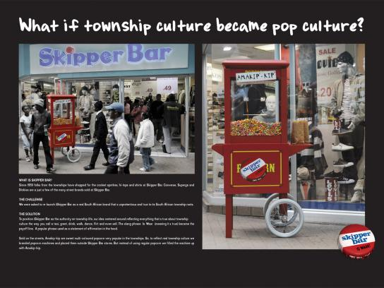 Skipper Bar Ambient Ad -  Popcorn machine