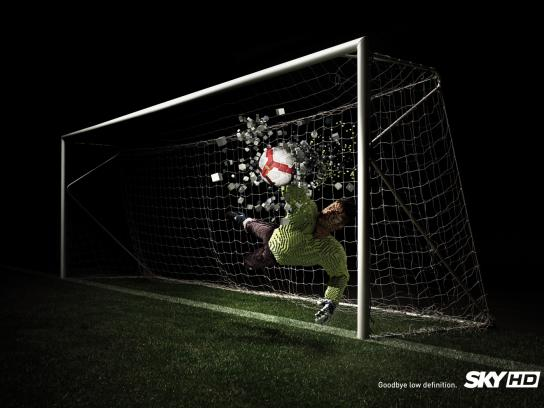 SKY Print Ad -  Pixel destruction, Goalkeeper
