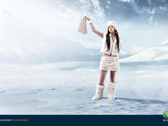 Land Rover Print Ad -  Snow