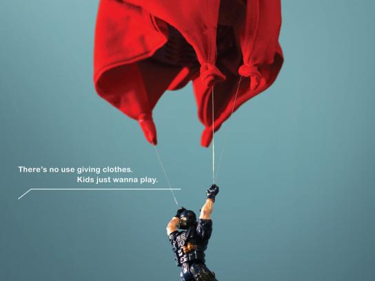 Trends Toy Store Print Ad -  Parachute