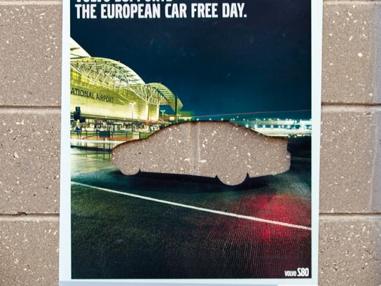 Volvo Outdoor Ad -  S80