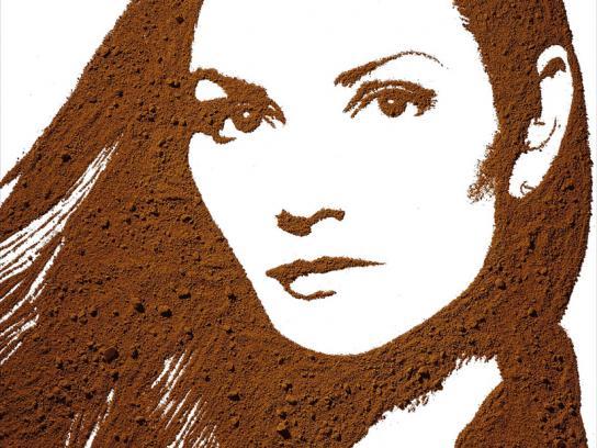 A Bela Sintra Print Ad -  Famous Faces, 4