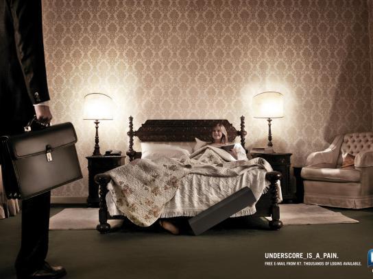 R7.com Print Ad -  Bed