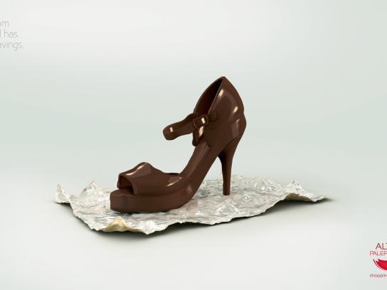Alto Palermo Print Ad -  Shoe