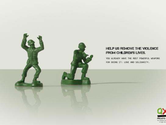 Projeto Quixote Print Ad -  Army Toy