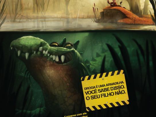 Associação Parceria Contra Drogas Print Ad -  Crocodile
