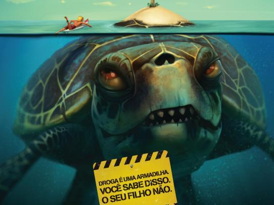 Associação Parceria Contra Drogas Print Ad -  Turtle