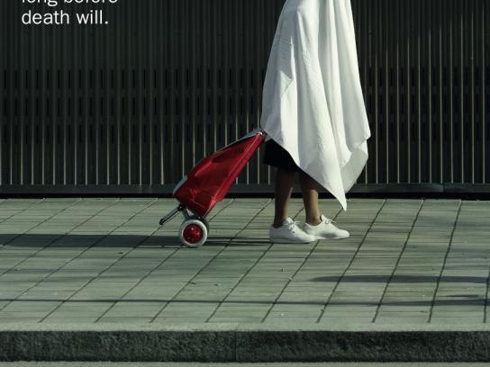 Associazione Nazionale Tumori Print Ad -  Shopping trolley