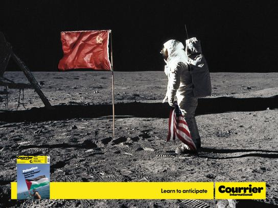Courrier Print Ad -  Moon landing