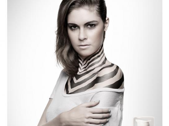 Ana Derme Print Ad -  Zebra