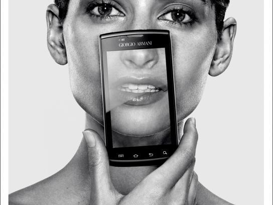 Samsung Print Ad -  Girl