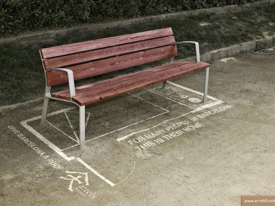 Arrels Foundation Print Ad -  Bench