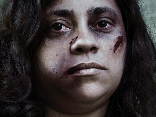 Bahia Blanca Print Ad -  Woman