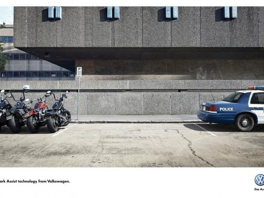 Volkswagen Print Ad -  Park Assist Technology, Bikers-Police