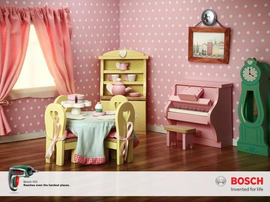 Bosch Print Ad -  Doll House