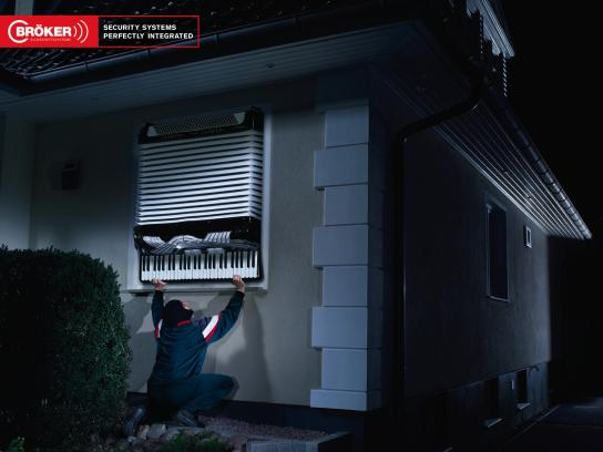Bröker Security Systems Print Ad -  Burglars, Accordion