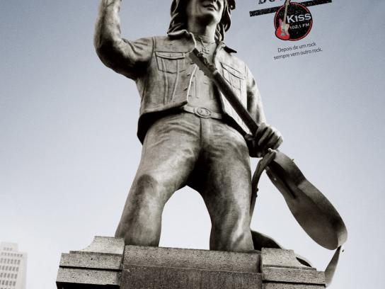 KISS FM Print Ad -  Monuments, 2