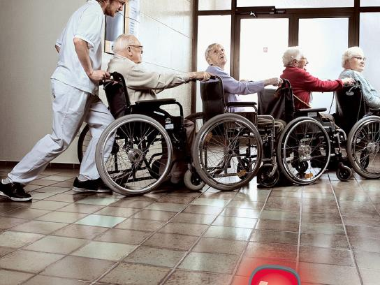 Caritas Print Ad -  Wheelchair-queue