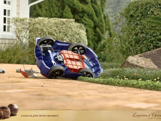 L'Univers de Chocolat Print Ad -  Car Accident