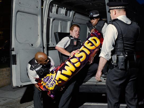 Cadbury Print Ad -  Goo on the loose, 1