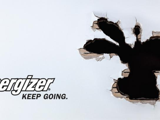 Energizer Outdoor Ad -  Hole