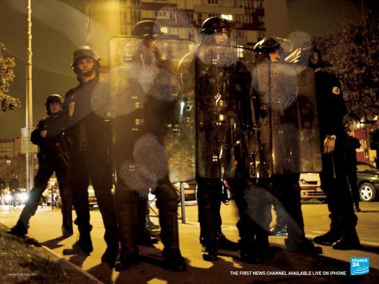 France 24 Outdoor Ad -  Cops