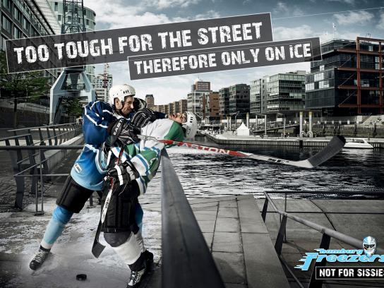 Hamburg Freezers Print Ad -  Only on ice, 4