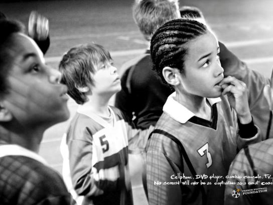 French Football Foundation Print Ad -  Coach