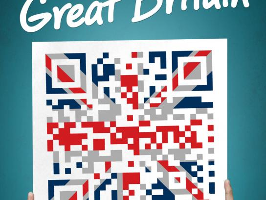 Turkish Airlines Outdoor Ad -  QR Flags, Great Britain