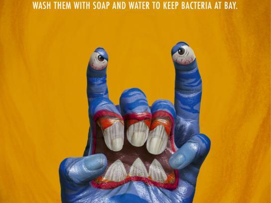 Secretaria Estadual Da Saúde Print Ad -  Monster Hands, 3