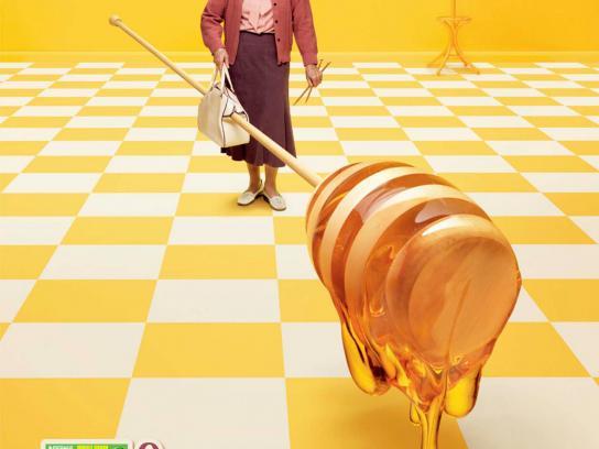 Honey Shreddies Print Ad -  Our biggest honey taste ever, Dibbler
