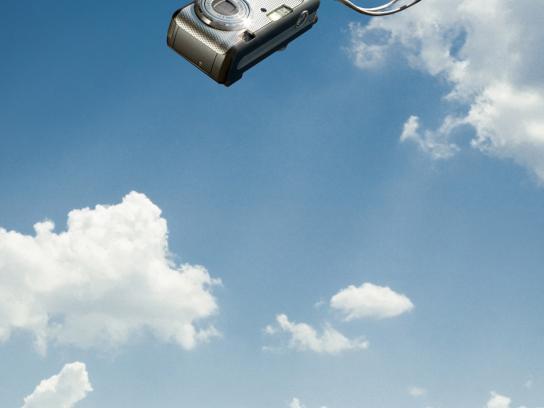 Hopi Hari Theme Park Print Ad -  Camera