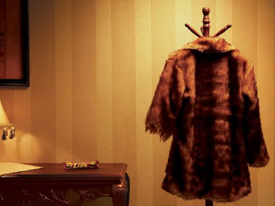 Nestle Print Ad -  Fur coat
