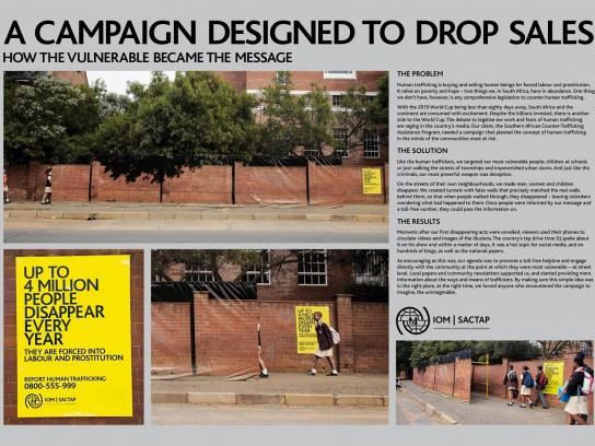 International Organisation For Migration Ambient Ad -  School