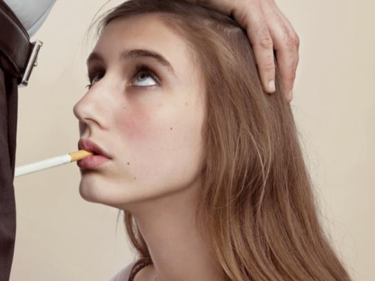 Association de défence contre le tabac Print Ad -  Girl