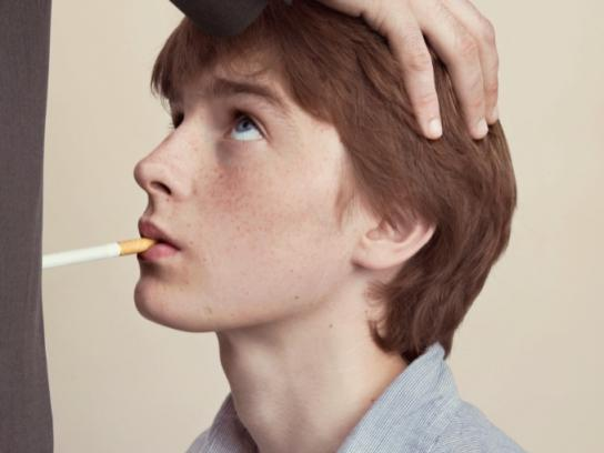 Association de défence contre le tabac Print Ad -  Boy, 2