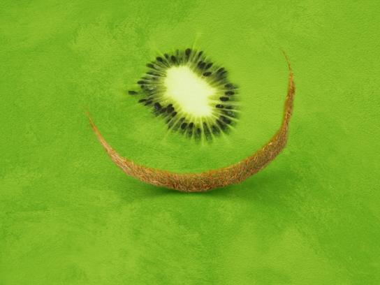 Dyrup Print Ad -  Kiwi color