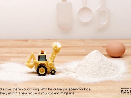 Kochen Print Ad -  Flour
