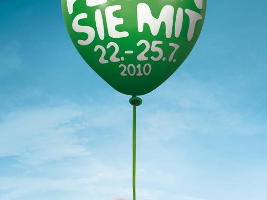 Kölner Zoo Print Ad -  Ballons, Ape