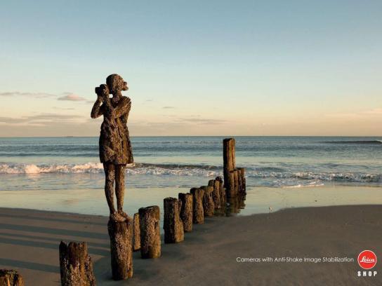 Leica Print Ad -  Beach