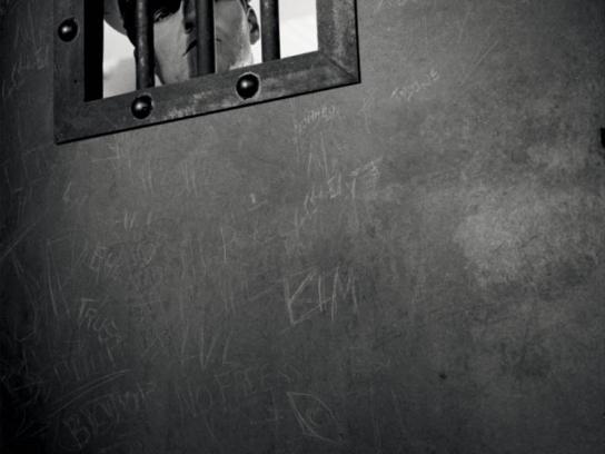 Levi's Print Ad -  Prison guard