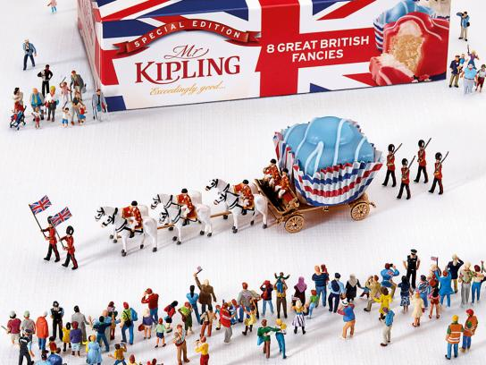Mr Kipling Print Ad -  Jubilee Celebrations, Parade